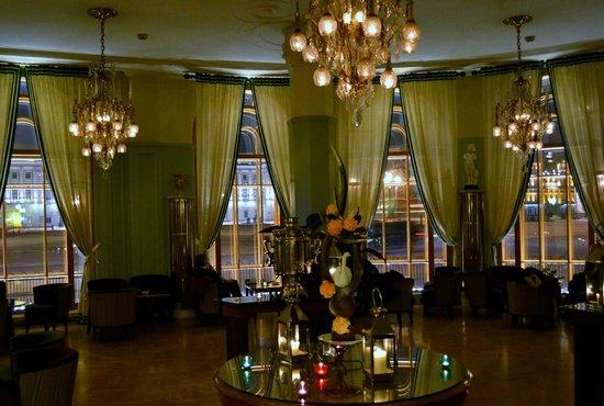 Astoria Hotel : 02
