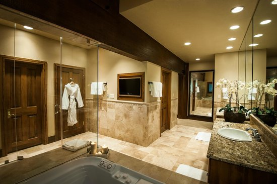 Stein Eriksen Lodge Deer Valley : Suite Bathroom