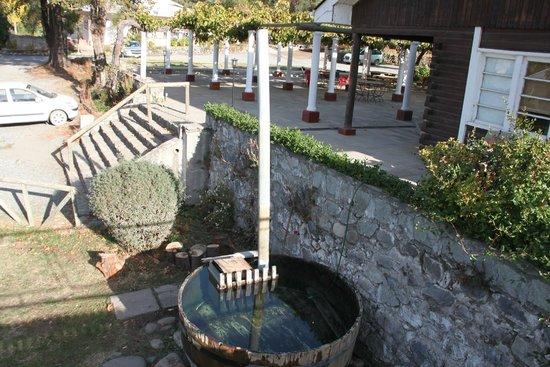 Los Quenes River Lodge & Cabanas: the hot tub (warming up)