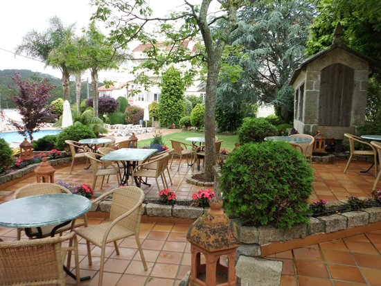 Hotel Bosque-mar: Esplanada exterior