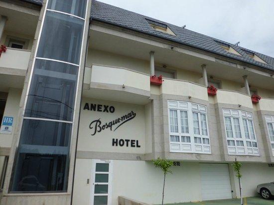 Hotel Bosque-mar: Entrada Hotel - Edificio anexo - Elevador panoramico