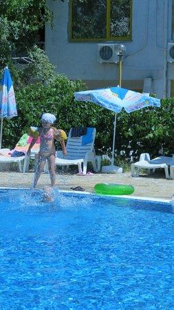 Strandja: бассейн