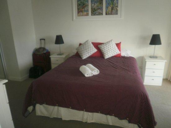 Trafalgar Towers: Main Bedroom