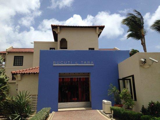 Bucuti & Tara Beach Resort Aruba: Entrance