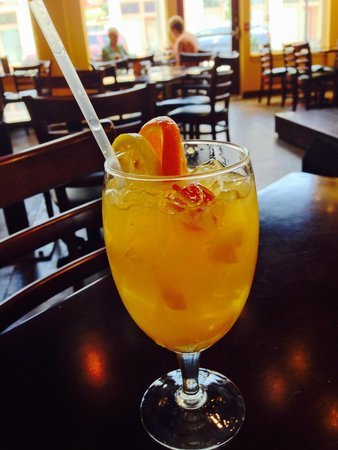 The Prime Smokehouse Barbecue & Beyond: White Sangria
