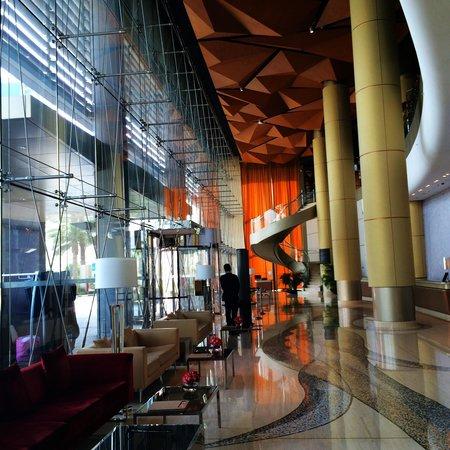 The Westin Bahrain City Centre: Lobby