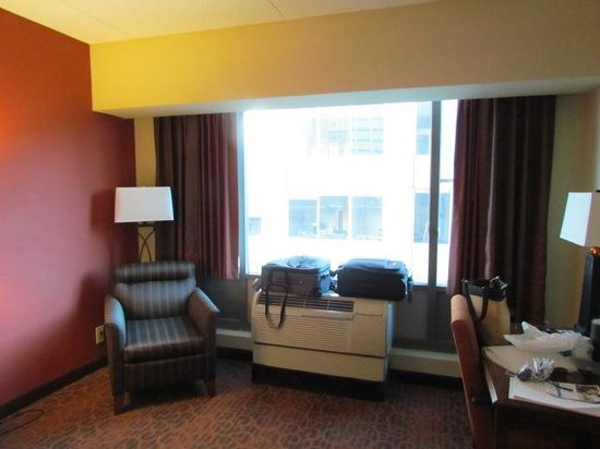 Hampton Inn Philadelphia Center City - Convention Center : A typical Hampton room