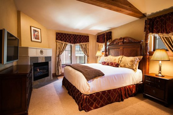 The Chateaux Deer Valley: King Room