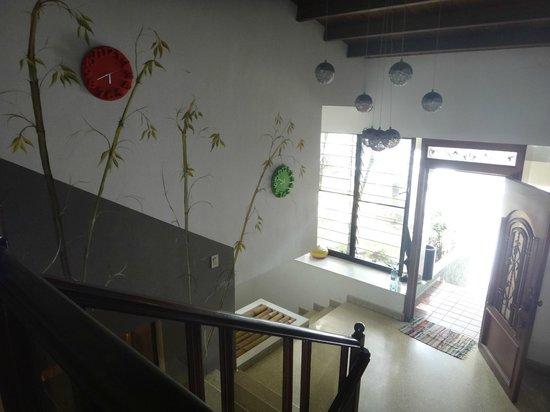 Los Mostros Hostel: Entrada