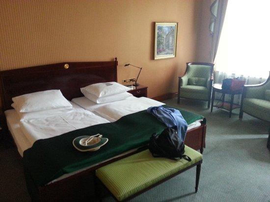 "BEST WESTERN PREMIER Grand Hotel Russischer Hof: ""Historic"" Room 136"