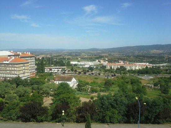 TRYP Covilha Dona Maria Hotel: View from room in top floor