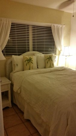 Siesta Key Bungalows: Bedroom of 'Pineapple'