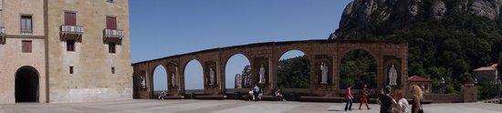 Barcelona Turisme - Afternoon in Montserrat Tour : Monsterrat