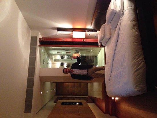 DO & CO Hotel Vienna : the room