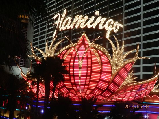 Flamingo Las Vegas Hotel & Casino: Outside