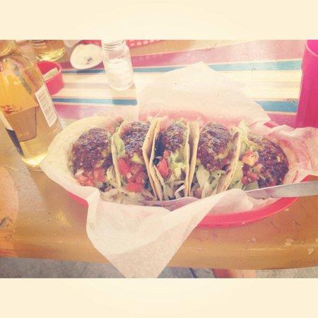 Burrito Surf-Burrito Shop 1895 : Chicken tacos!!