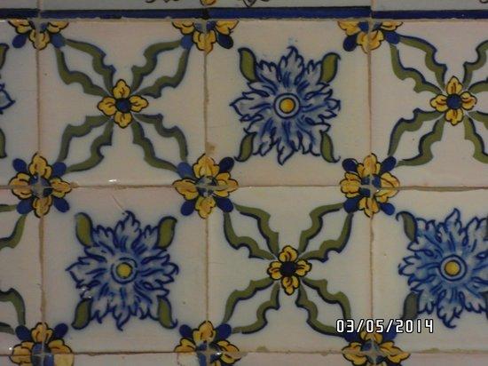 A decora o com azulejos portugueses foto de for Azulejos restaurante