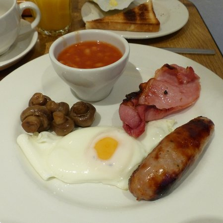 Alhambra Hotel: Cooked Full English breakfast