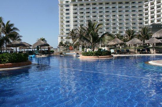 JW Marriott Cancun Resort & Spa: Pool