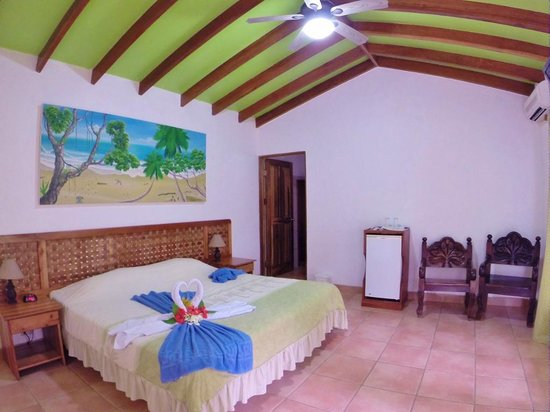 Las Islas Lodge: KING ROOM