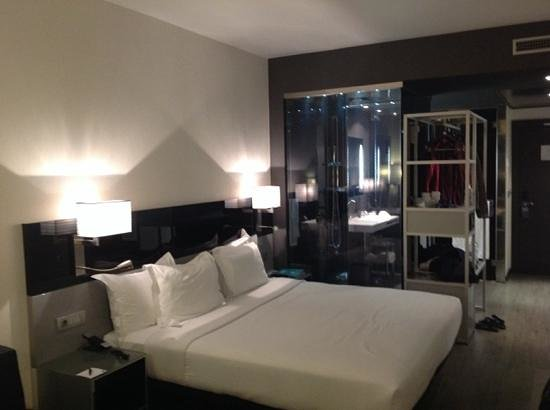 AC Hotel Atocha : room in new building