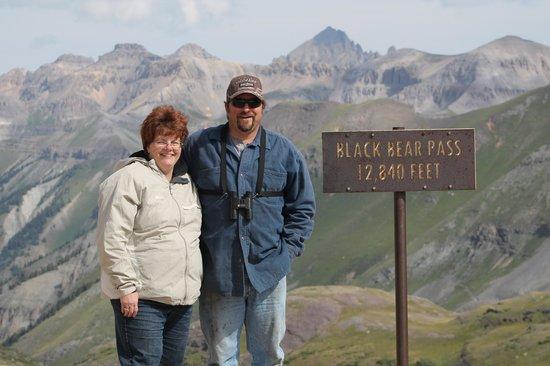 Black Bear Pass: TOP OF PASS