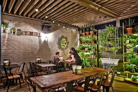 Exceptional Royal Hotel Leichhardt: The Botanical Terrace