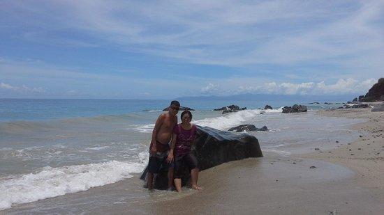 Dipaculao, الفلبين: a huge of formation rock
