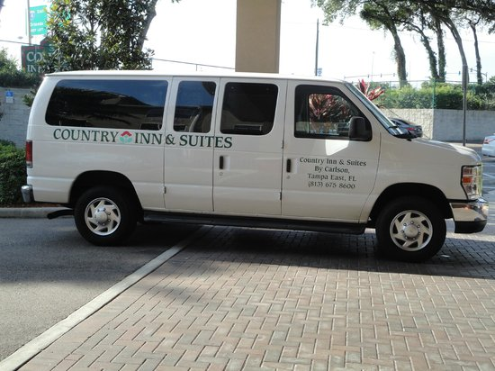 Country Inn & Suites by Radisson, Tampa East, FL: Hotel Shuttle to the Seminole Hardrock