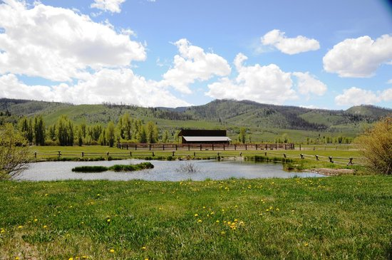 Goosewing Ranch : Stables\Pond