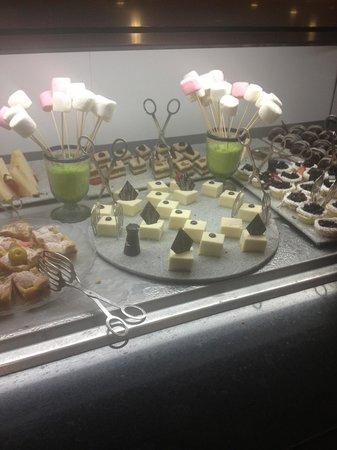 Iberostar Cancun: Desserts bar