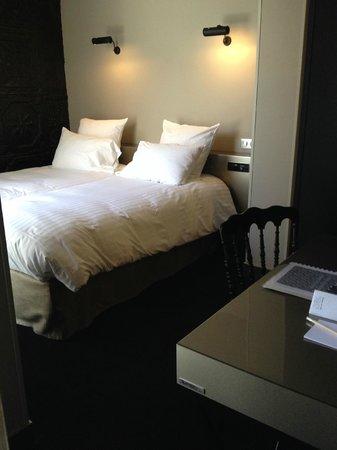 Hôtel Eugène en Ville : hotel room
