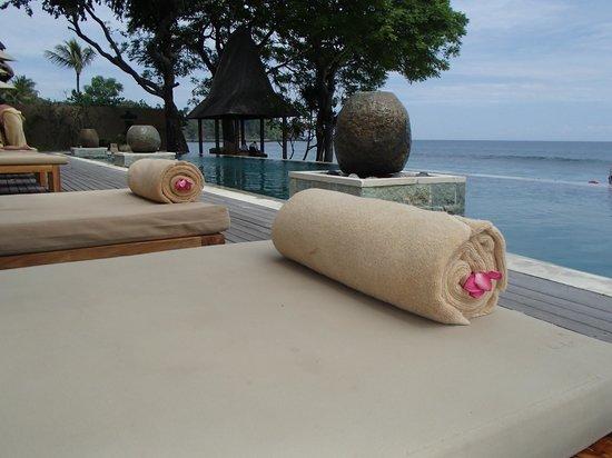 Qunci Villas Hotel: Infinity Pool