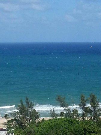 Fort Lauderdale Beach Resort : balcony view #1805