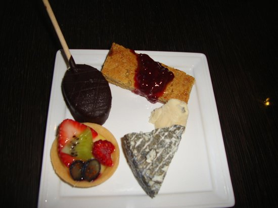 Fairmont Pacific Rim: My pick from the dessert and cheese selection for the afternoon treats in the Gold Lounge