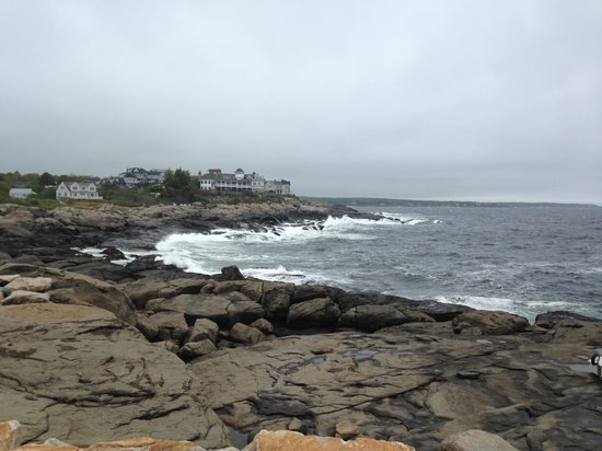 Waldo Emerson Inn: bay at kennebunkport