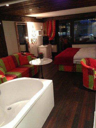 Hotel Alpenhof: アルペンホフ