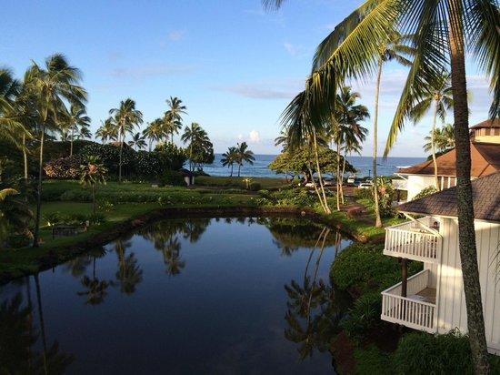 Kiahuna Plantation Resort: Lagoon and beach area