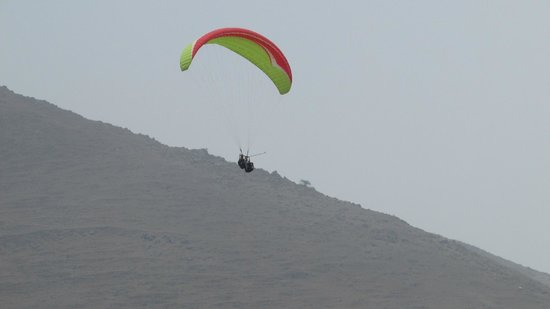 Aeroxtreme Paragliding School: Pachacamac
