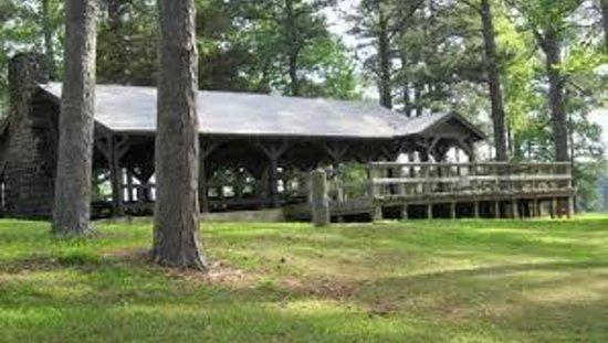 Choctaw Lake Campground : Campground pavilion
