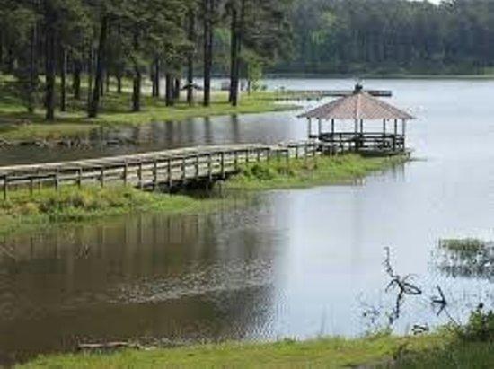 Choctaw Lake Campground : Choctaw Lake gazebo