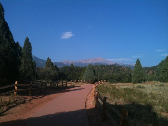 Garden of the Gods: Pike's Peak