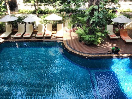 Grand Sunset Angkor Hotel : Small but clean swimming pool
