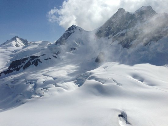 Jungfraujoch: スフィンクス展望台からのユングフラウ