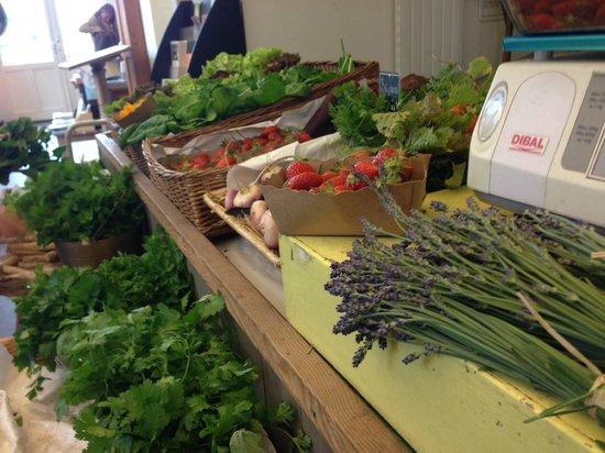 Fruit and veggie stand le potager du roi picture of la - La cuisine cooking classes ...