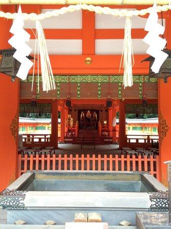 Sumiyoshi Shrine: 신사 본전앞 !!