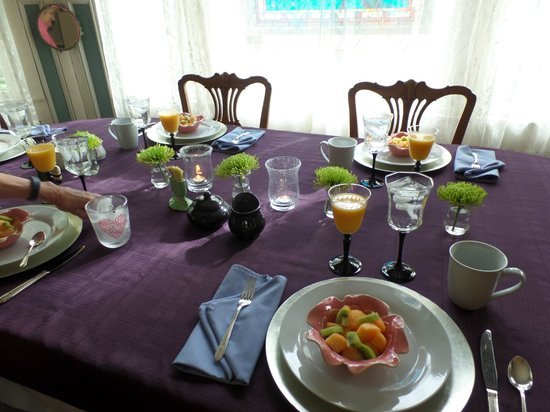 Bernibrooks Inn : Beautiful table setting