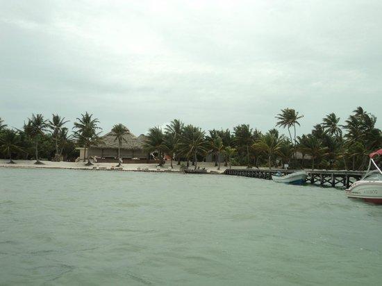 El Secreto: View of resort from boat