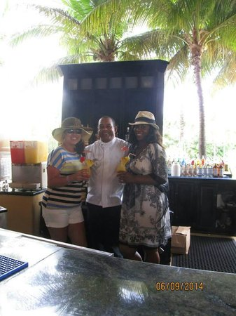 Caribe Club Princess Beach Resort & Spa : To my friend Francisco Vasquez...thank you so much ...you were a wonderful bar tender