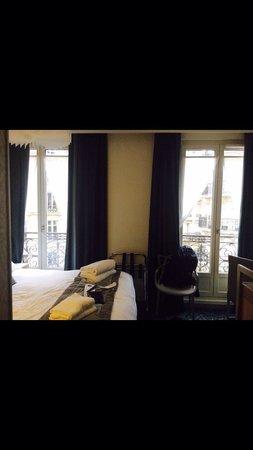 Best Western Premier Le Swann: Room